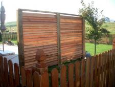 Cedar Louvered Wall Privacy Fence